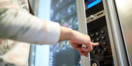 Opioid Vending Machines Proposed By Health Expert