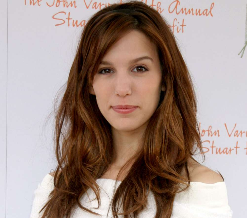 """""""Even Stevens"""" Star Christy Carlson Romano Opens Up About Depression, Self Harm"""