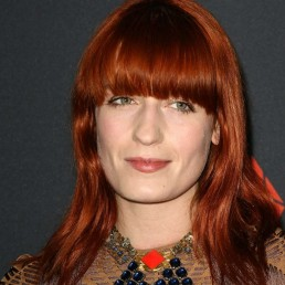 Florence Welch Discusses Sobriety And Anxiety While Touring
