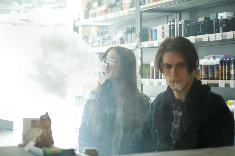 1 In 3 Teens Affected By Secondhand E-Cigarette Vapor