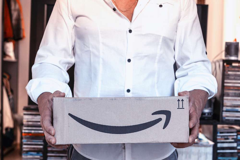 Amazon Customer Finds Baggie Of Drugs In Shipment
