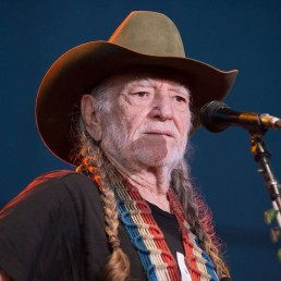Willie Nelson Has Quit Smoking Marijuana
